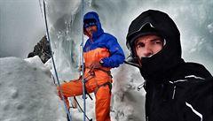 Expedice Nanga Parbat se otočila pod vrcholem. 'Teď začíná boj o záchranu holých kejháků,' píše Holeček