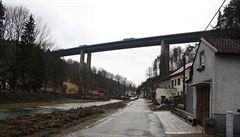 Speciální kontroly mostů se po tragédii v Janově v Česku neplánují. Prověřují se až dvakrát ročně