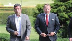 Jediným kandidátem na ministra zahraničí za ČSSD zůstává europoslanec Poche