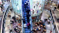 V nákupních centrech nastavují klimatizace na příliš nízké teploty, tvrdí epidemiolog
