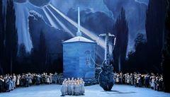 Operní panorama Heleny Havlíkové: Wagnerův bayreuthský festival je stále výstřední