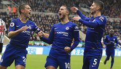 Chelsea i překvapení z Watfordu jsou zatím stoprocentní. První body nabral Fulham