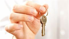 Čas levných hypoték je u konce. Na půjčku na bydlení odhadem nedosáhne až 30 procent žadatelů