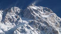 Holeček po 'prohře' na svazích Nanga Parbat: Žít s pocitem bez vrcholu, nebo raději volit smrt