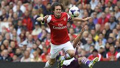 Rosický po osmi měsících zase hrál za Arsenal. Nastoupil na 20 minut