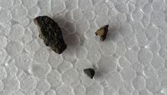 Manželé nahlásili střelbu. Ukázalo se, že jim do domu zřejmě narazil meteorit