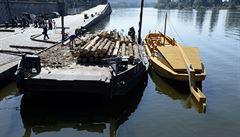 Na náplavce odstartovala akce připomínající vodní dopravu před sto lety