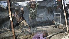 Petříček nevidí problém v přijetí 14 syrských sirotků. Bude o tom mluvit s Hamáčkem