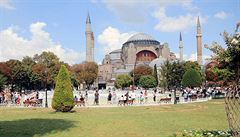 Slova z koránu zazněla v istanbulském chrámu po 85 letech