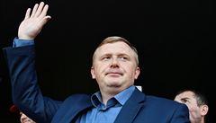 Rusko zrušilo skandální volby. Za podivných okolností vyhrál 'Putinův' muž, oponentovi ubývaly hlasy