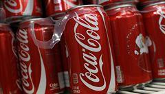 Masivní platby a experti beze jmen. Taktika Coca-Coly, jak měnit výzkum cukru