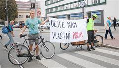 Brno není nafukovací, chceme oddělené pruhy pro lidi na kolech, hlásí aktivisté