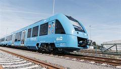 Na železnici vyjel první bezemisní vlak poháněný vodíkem a kyslíkem