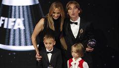 Hvězdy neunesly porážku. Ronaldo a Messi triumf Modriče sledovali z obýváků
