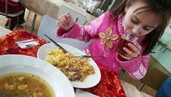Žáci odmítají zdravou stravu. Jedí i málo ryb