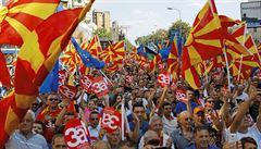 Makedonie míří do NATO, Němci opouštějí Středozemní moře a čeští politici se poradí o suchu