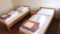 Konec depresivní ubytovny. Příbuzní těžce nemocných dětí v Motole dostanou nové pokoje