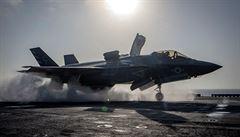 Turecko nemůže pokračovat v programu stíhaček F-35, uvedl Bílý dům v reakci na nákup ruských raket