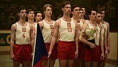 OBRAZEM: Zlatý podraz. Basketbalový zázrak se konal nacistům i StB navzdory