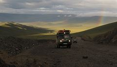 NOMÁDI: Mongol Rally Pt. VI. Nehorší úsek cesty? Mongolsko-ruské hranice