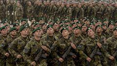 Makedonie je na cestě do NATO. Podepsala protokol o přistoupení, rozhodne každý členský stát