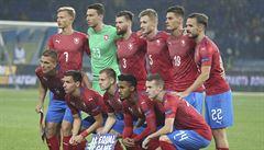 Pijatika s prostitutkami a 'ta částka taky nesouhlasí'. Odčiní fotbalisté proti Slovákům ostudu?