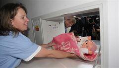V babyboxech v Česku se od roku 2005 našlo už 180 dětí. Jen letos zachránily 12 dívek a 6 chlapců
