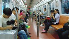 ČÍNSKÝ ŠOK: Zlatý týden, ucpané ulice lidmi a metro v Pekingu