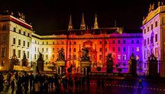 Naše životní úroveň i ekonomická situace v zemi je dobrá, soudí dle průzkumu Češi