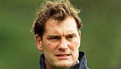 Anglická fotbalová legenda zkolabovala před televizním vysíláním. Stav Glenna Hoddla je vážný