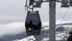 Vítr zastavil horní úsek lanovky na Sněžku. Stojí i lanovka Hofmanky