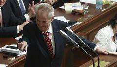 Zeman ve Sněmovně kritizoval dotace na obnovitelné zdroje energie i výdaje na inkluzi