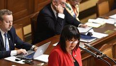 Letošní státní rozpočet bude oproti plánu vyrovnaný, oznámila ministryně Schillerová