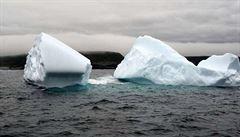 Nastal nejhorší scénář pro ledovce. Tají mnohem rychleji, od roku 1992 zvedly hladinu oceánů o 1,8 centimetru