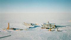 První pokus o vraždu v dějinách Antarktidy. Nesnesl, že mu prozrazoval rozuzlení detektivek