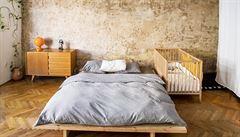 Jak bydlí designéři: originální kuchyňská linka, ateliéry a nejpohodlnější postel na světě