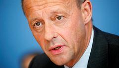 Kritik Merkelové zkouší návrat. Po letech se uchází o vedení CDU více kandidátů