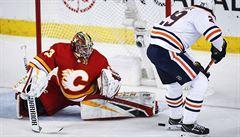 Rittich vychytal v NHL Calgary výhru, Chytil skóroval potřetí v řadě