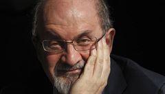 Rushdie vydává paměti. Vzpomíná na dobu skrývání