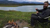Na Yukonu je povoleno rozdělávat oheň votevřené přírodě i rybařit během cesty...
