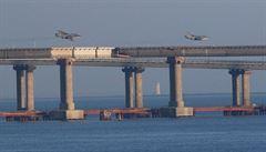 Rusko zajalo tři ukrajinské lodě. Provokovaly, tvrdí Kreml. Porošenko vyhlásil válečný stav