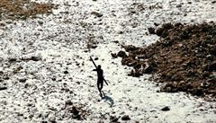 Chtěl šířit křesťanství, stříleli po něm z luků a vláčeli ho po pláži. Izolovaný kmen nejspíš zabil Američana