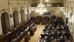 Přes 130 miliard chtějí poslanci přesouvat v rámci rozpočtu, schodek klesne o 10 miliard
