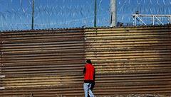 Pandemie obrátila karty. Mexiko chce přísnější kontroly na hranicích s USA, bojí se šíření nákazy