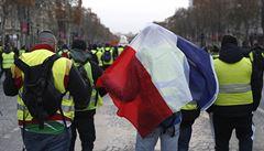 'Byla to apokalypsa'. Členovi žlutých vest vybuchl pod nohama granát, nemůže chodit