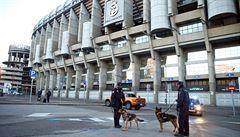 Výtržnosti a dýmovnice. Argentinští fotbaloví nadšenci dorazili do Madridu na finále poháru