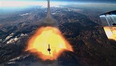 Bransonův raketoplán doletěl k hranici vesmíru. Rezervaci na turistický let mají Bieber či DiCaprio