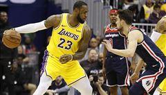 Dohrávka NBA s hesly proti rasismu na zádech, hvězdný LeBron je ale na svém dresu odmítl