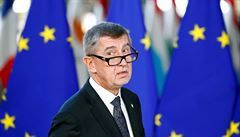 Babiš po kritice z EU nebude předsedat radě k eurofondům. Nevyřeší to problém, míní Transparency International a opozice