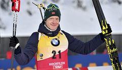 Sprinty biatlonistů opanovali Kuzminová a Johannes Bö, Češi nepronikli do Top 20